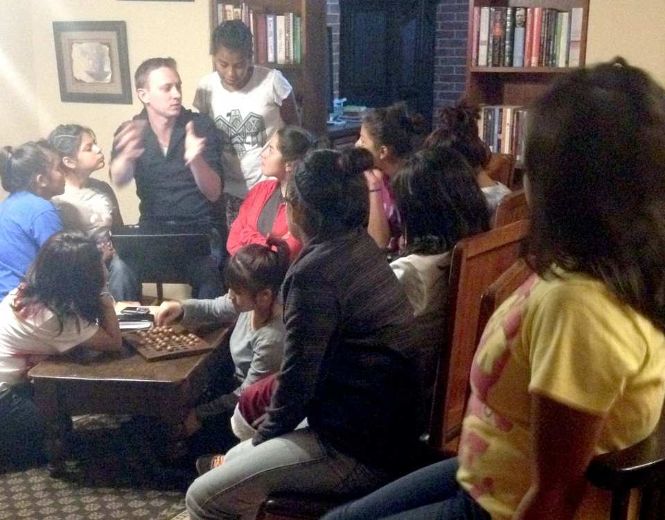 Bible study with the children from Fundaninos