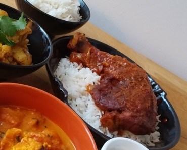 Ailes et cuisses de poulet, aux tomates et fragrances indiennes