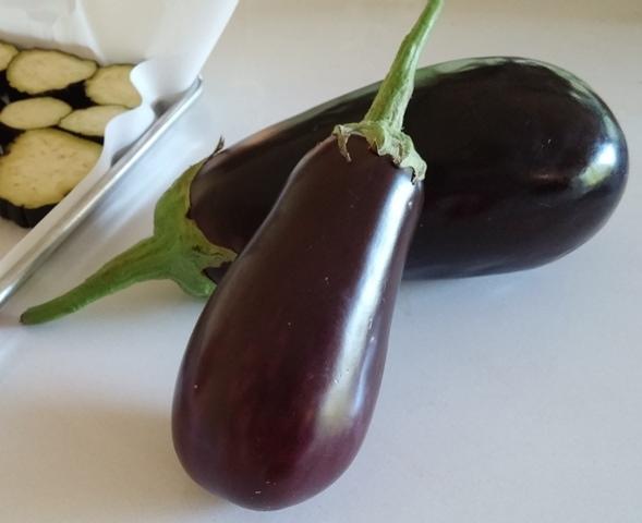 aubergine lufa