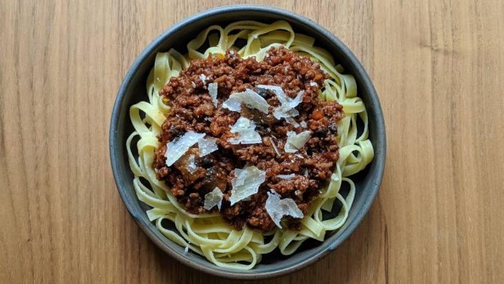 Sur des pâte aux oeufs, c'est un délice Bolognaise coréeene Mission Cuisine Urbaine