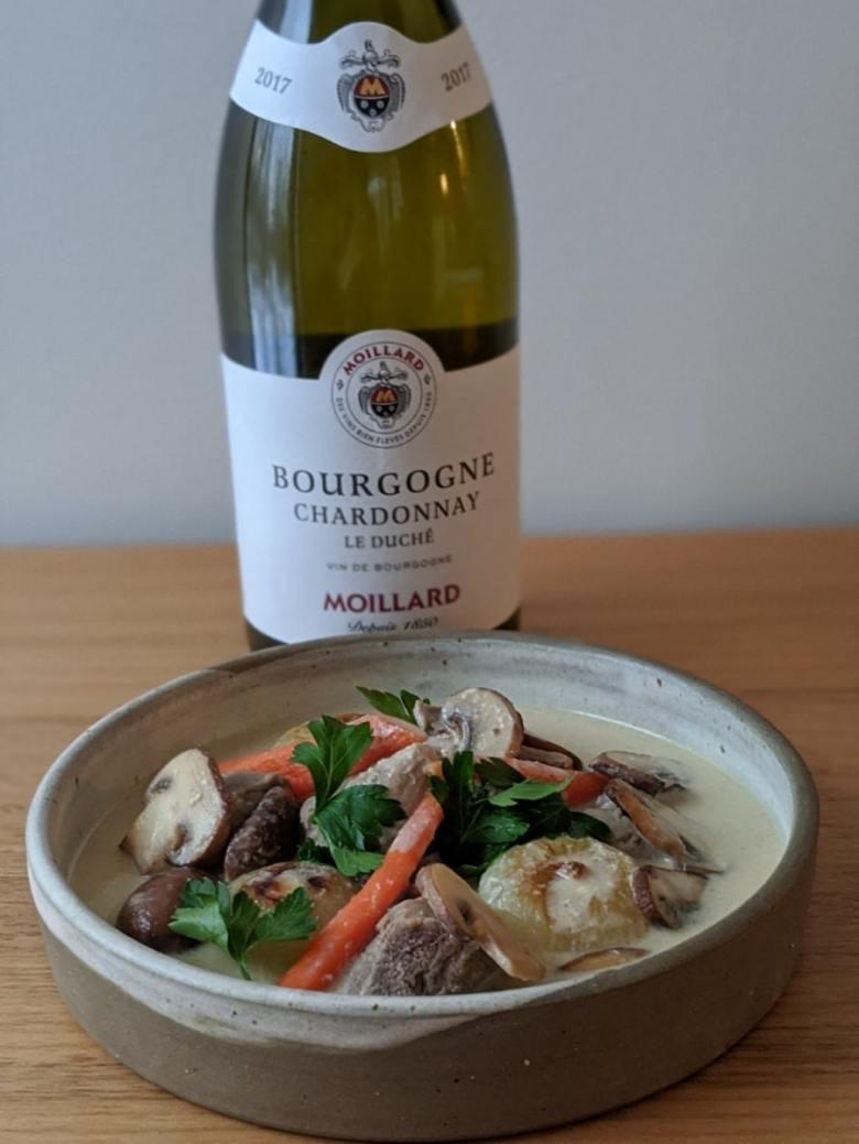 Un accord avec un chardonnay de la région de Bourgogne  pour la blanquette de canard de Philippe Mollé