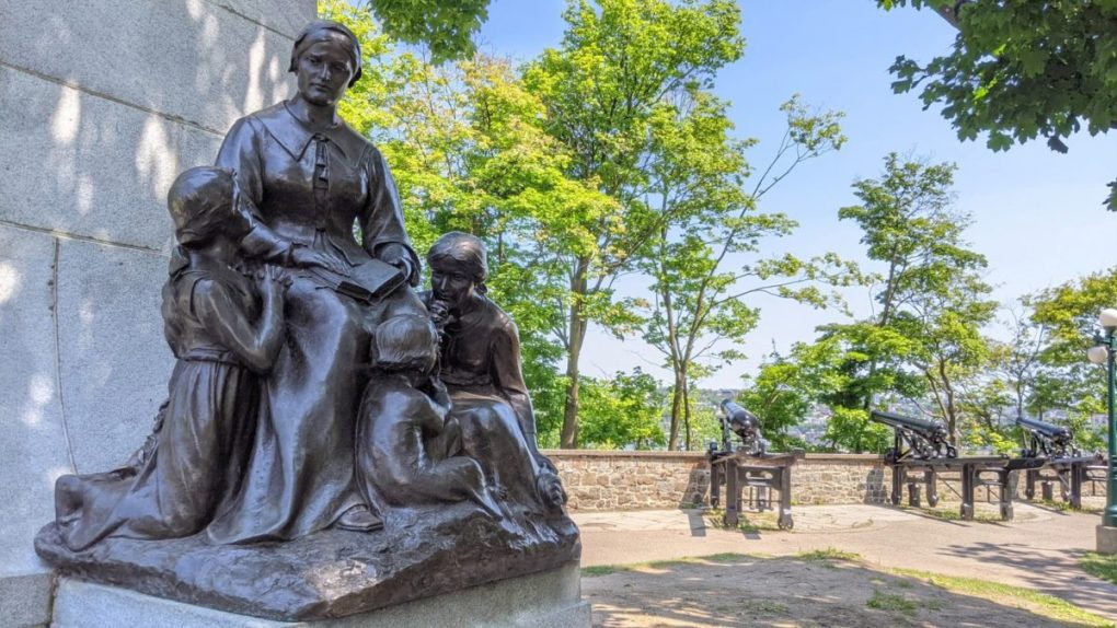 Statut Marie Rollet