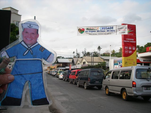 83-flat-mr-davis-got-stuck-in-heavy-traffic-in-port-vila