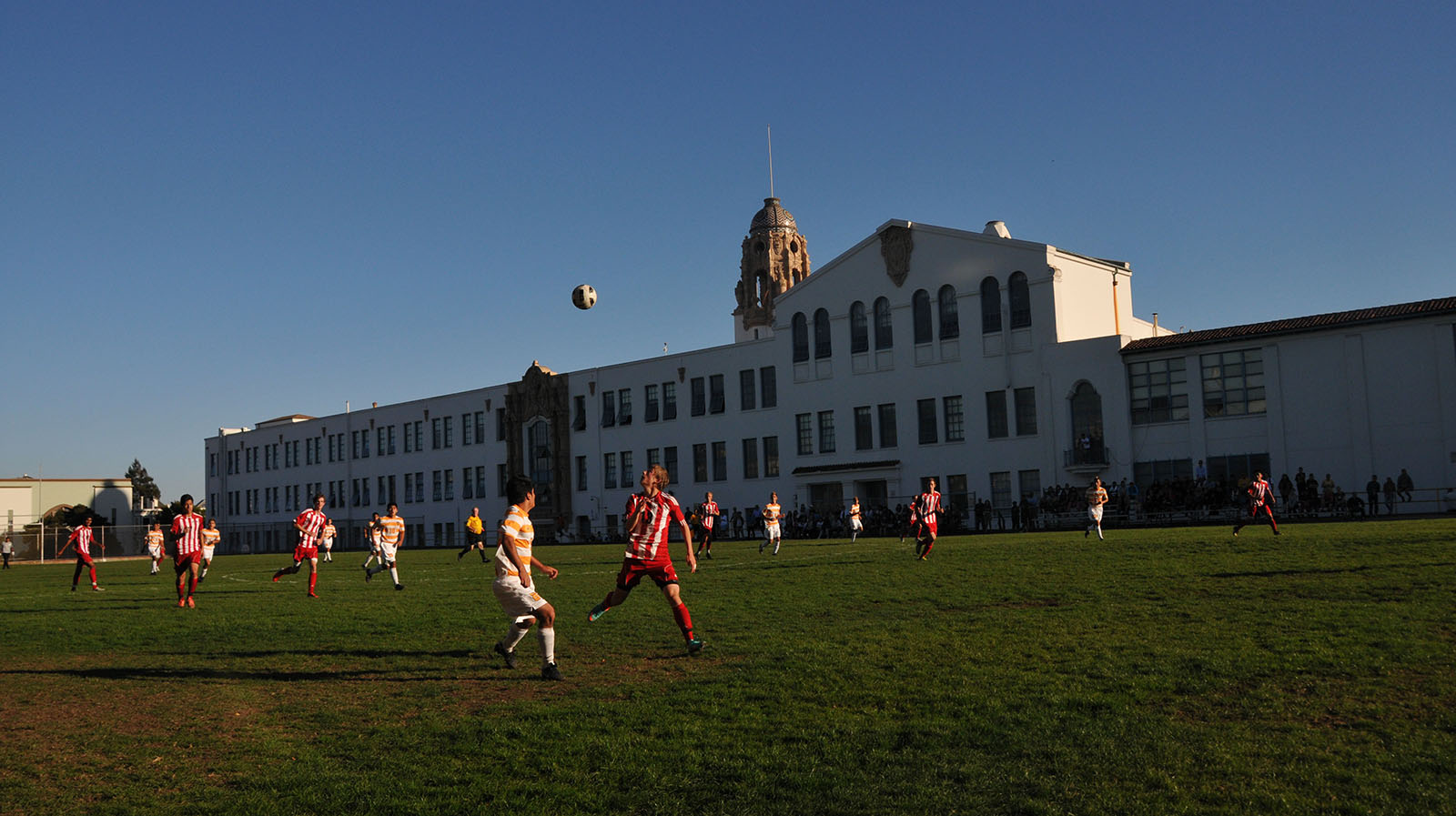 Lowell and Mission High soccer players wait for a ball during a regular season game. Photo by Alejandro B. Rosas