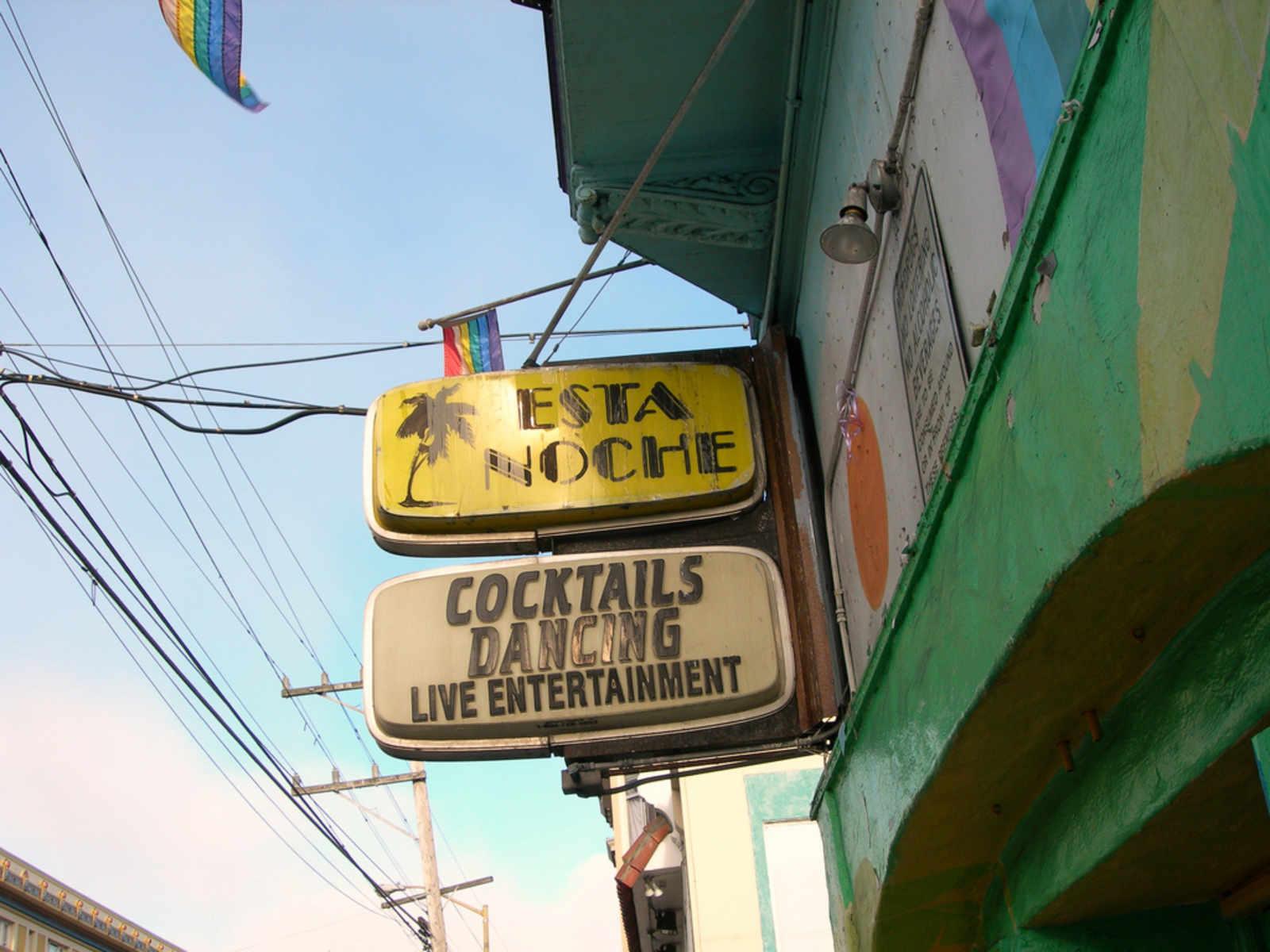 The Esta Noche sign. Photo by Uptown Almanac