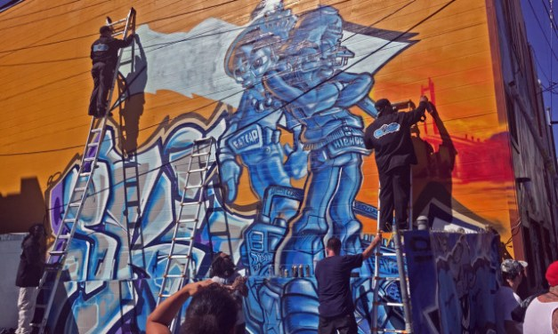 Muralists Take to SF Mission District's Alleys