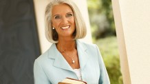 Anne Graham Lotz on How to Find God's Glory in the Coronavirus Battle