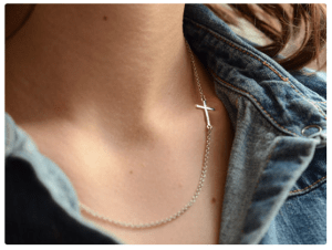 ILY COUTURE Sideways cross necklace