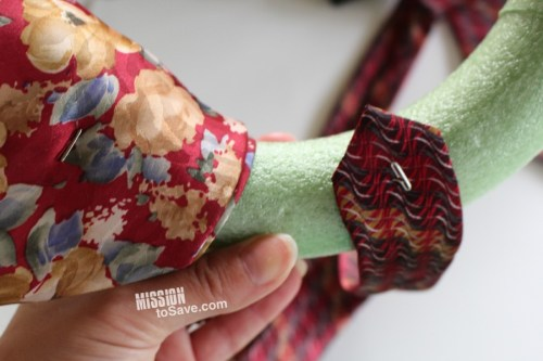 neckties wreath tutorial (3)
