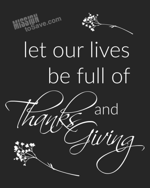 "Are you looking for a simple Thanksgiving decor project? This one will only take a few minutes. Print this ""Full of Thanks and Giving"" printable quote for instant holiday decor!"