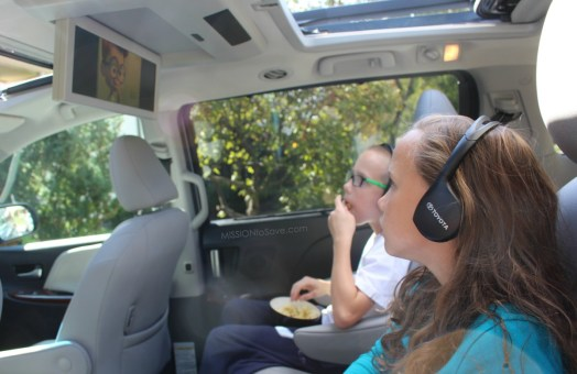Toyota Sienna is the perfect mini van for road trips. Whether running the kids around town or headed out of town, the Sienna has all the perks a busy mom needs. Like a widescreen video system.