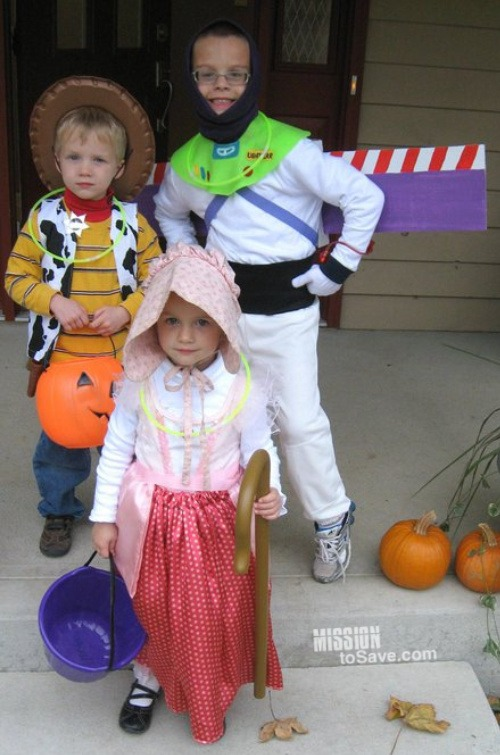 DIY Toy Story Costume