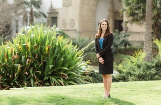 Dannell Stuart Santa Barbara Awarded 2020 PCBT Top Women in Business - Mission Wealth