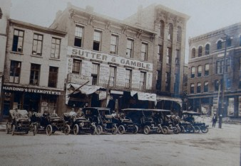 Downtown Burlington, early 1900s (courtesy of Des Moines County Hx Soc)
