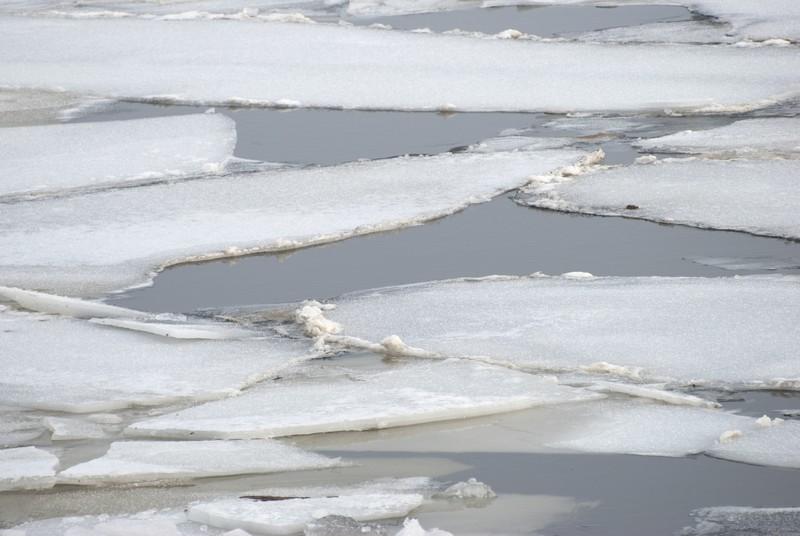 tn_Mississippi River Ice03
