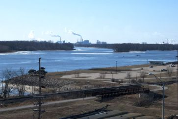 Mississippi River at Muscatine, IA