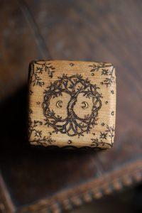Coffret, bois massif, arbre de vie, celtique, artisanat français, normandie, atelier de la lettre aux ours, missive to bears, écologique