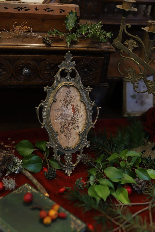 rouge gorge, lunaire, robin bird, romantique, décoration, écologique, artisanat français, atelier de la lettre aux ours, missive to bears, ancien, vintage, bronze