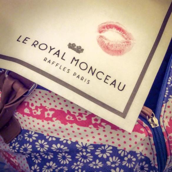 misskittenheel vintage curvy plussize bethditto collection-paris-royalmonceau 01