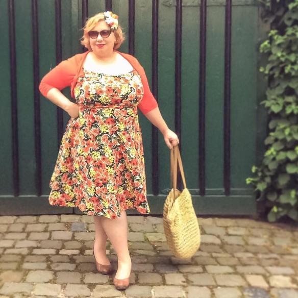 misskittenheel vintage plussize pinup modejahr2016 sommerfarben fascinator fruit 02