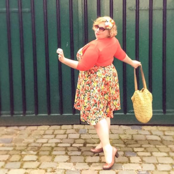 misskittenheel vintage plussize pinup modejahr2016 sommerfarben fascinator fruit 04