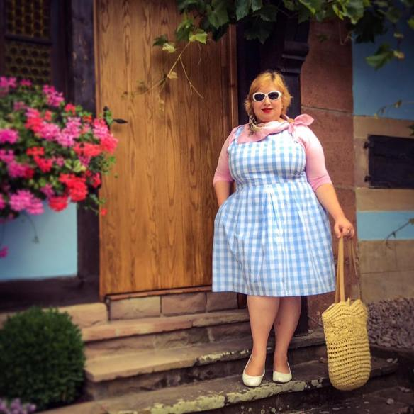 MissKittenheel Alsace Itterswiller babyblue Gingham Check Dress LindyBop Colette 03