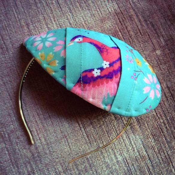 misskittenheel-vintage-plussize-diyyourcloset-lindybop-peacock-fascinator-hat-millinery-04