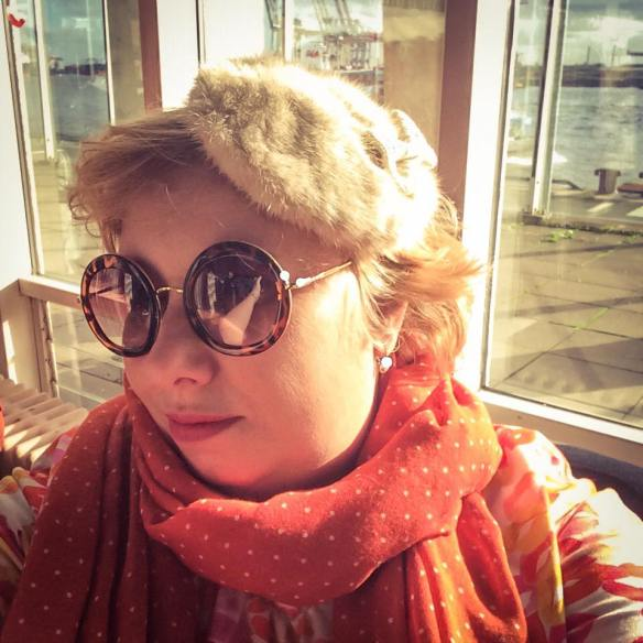 misskittenheel-vintage-plussize-beth-ditto-lola-lipstick-plussizefashiondays-hamburg-07