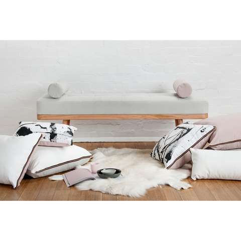 daybed_upholstered_01_large