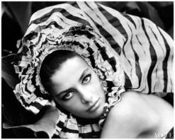 ana-maria-de-moreas-barros-models-a-large-silk-headdress-from-lanvin-boutique-1965-vogue