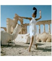 editha-brigitte-bauer-at-palmyra-syria-model-wearing-ivory-silk-oscar-de-la-renta-vogueus-december-1965-henry-clarke