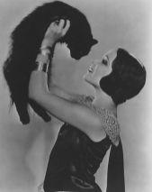 gloria-swanson-kitty