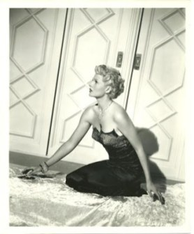 Rita Hayworth for The lady from Shanghai in 1947