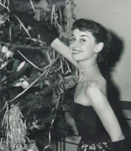 audrey-hepburn-christmas