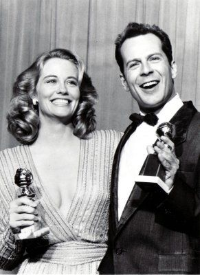 cybill-shepherd-and-bruce-willis-after-winning-best-actress-and-actor-in-a-comedy-series-for-moonlighting-at-the-44th-golden-globes