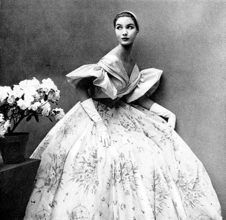 lovely-ball-gown-by-maggy-rouff-harpers-bazaar-may-1952