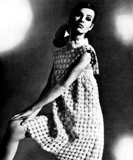 maggy-rouff-model-is-wearing-a-creation-of-maggy-rouff-1967
