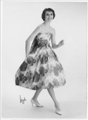 model-wearing-a-floral-print-maggy-rouff-dress-1958