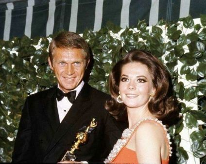 natalie-with-actor-steve-mcqueen-at-the-golden-globe-awards