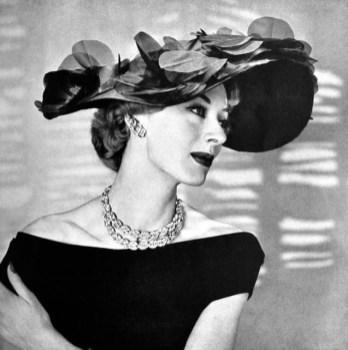 Legroux Soeurs hat 1955