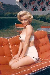 Marilyn Monroe wearing a bikini