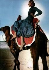 Saint Laurent Rive Gauche, L'Officiel magazine 1970