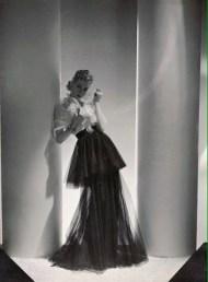 Mainbocher outift, Vogue March 1938