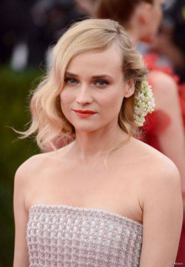 3304-diane-kruger-at-the-met-gala-2015-905x0-2