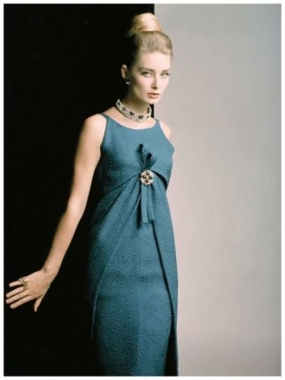 Tania Mallet, Vogue 1962