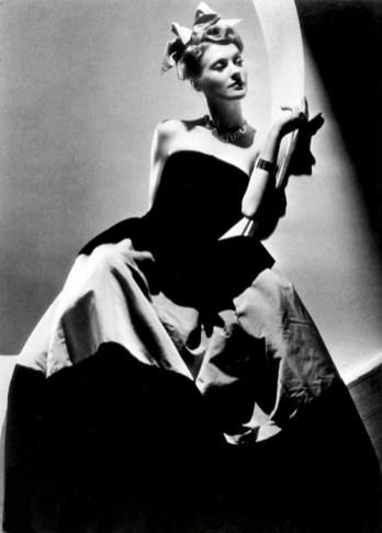 Fashion photo by John Rawlings, 1938