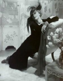 Marlene Dietrich by Edward Steichen, 1932