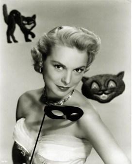 Janet Leigh Black cat