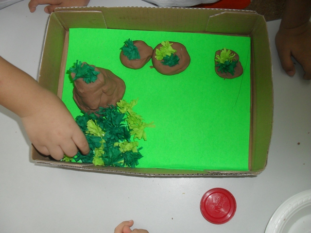 Land Formations and Water Formations Diorama (3/5)