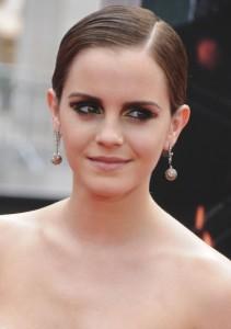 Emma Watson sleek pixie